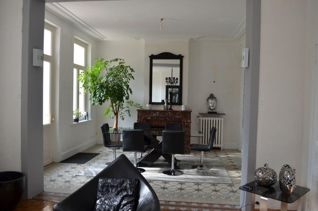 Maison à louer 7 300m2 à Béthune vignette-3
