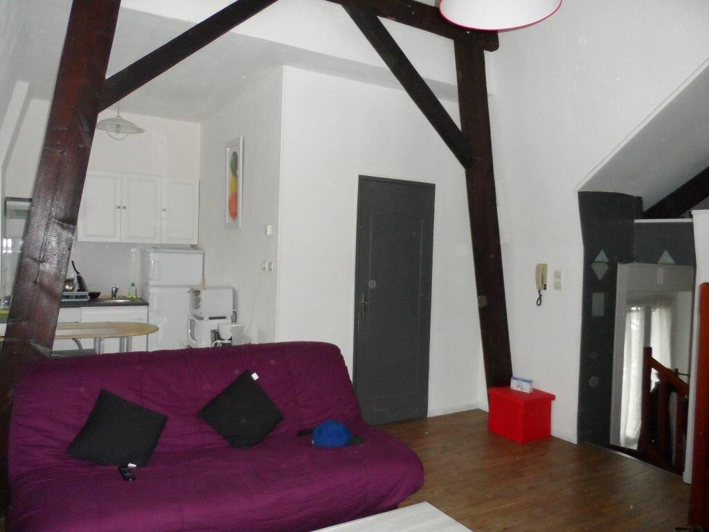 Appartement à louer 2 50m2 à Béthune vignette-3