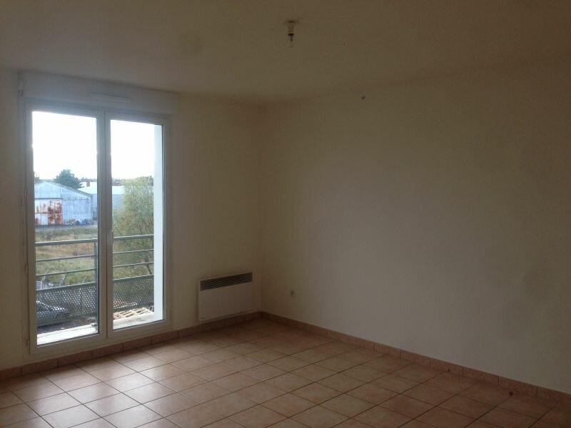 Appartement à louer 2 52m2 à Béthune vignette-1