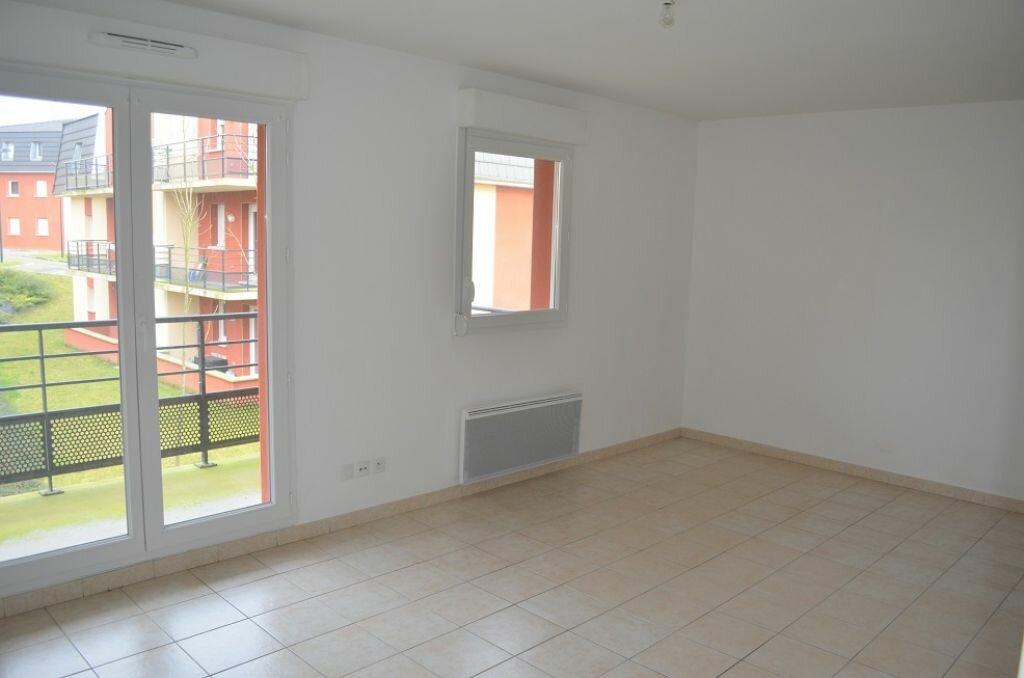 Appartement à louer 3 63.55m2 à Beuvry vignette-1