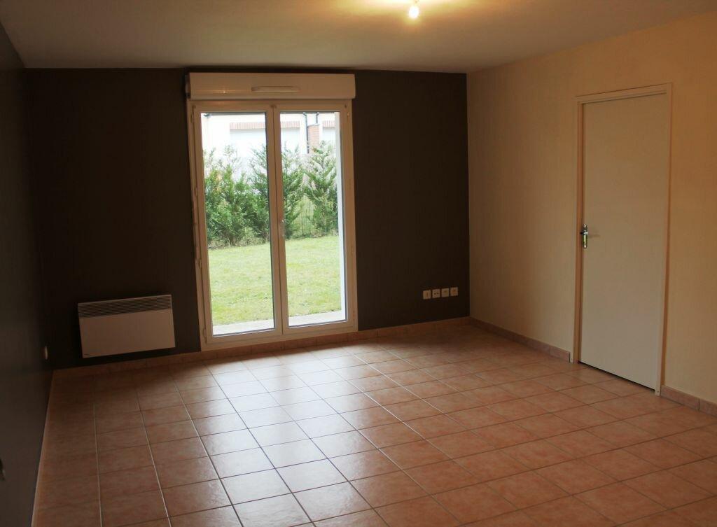 Appartement à louer 3 54m2 à Béthune vignette-2