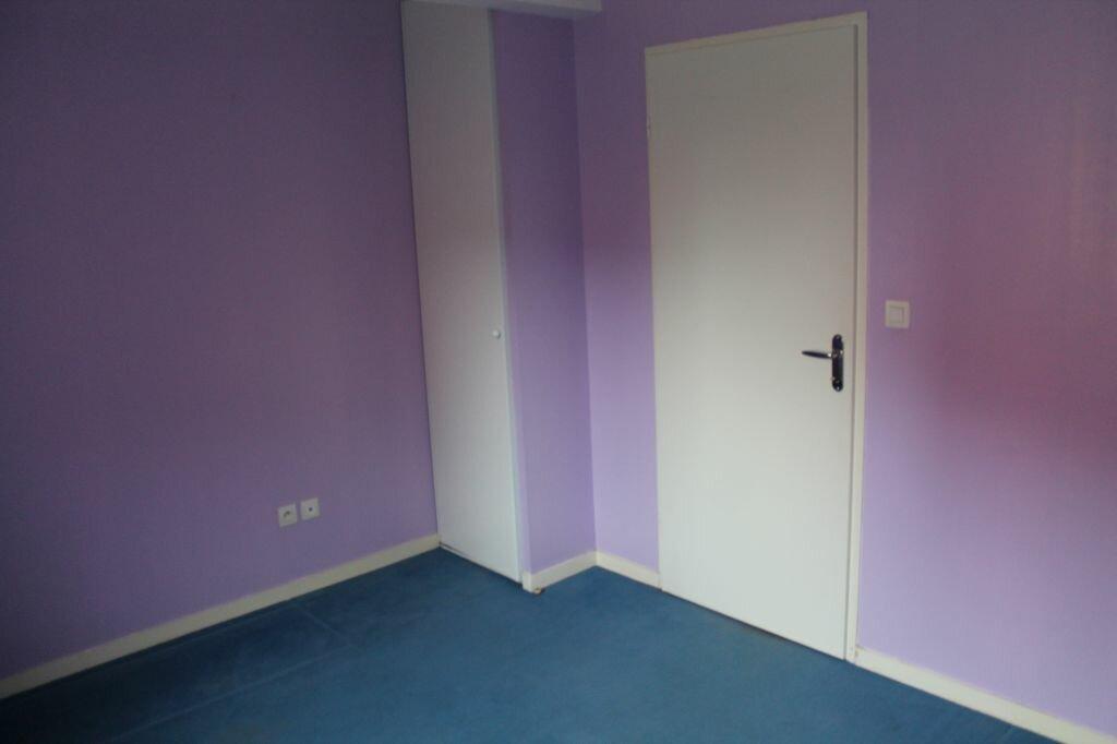 Appartement à louer 3 54m2 à Béthune vignette-4
