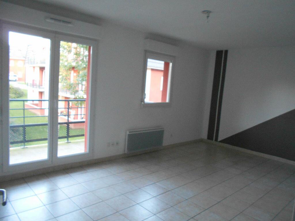 Appartement à louer 3 55m2 à Beuvry vignette-2