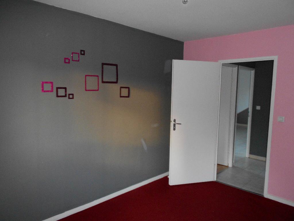 Appartement à louer 3 55m2 à Beuvry vignette-3