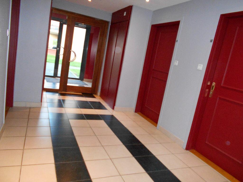 Appartement à louer 3 55m2 à Beuvry vignette-5