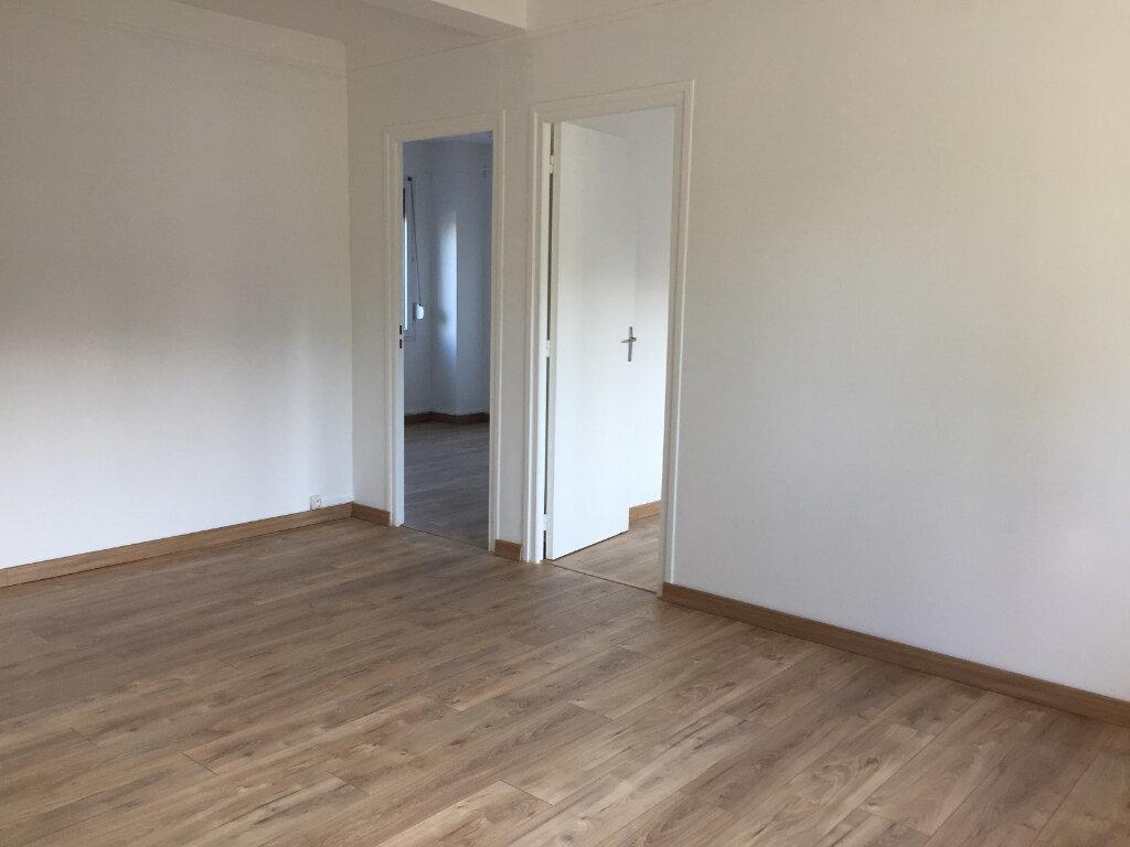 Appartement à louer 3 50m2 à Béthune vignette-4