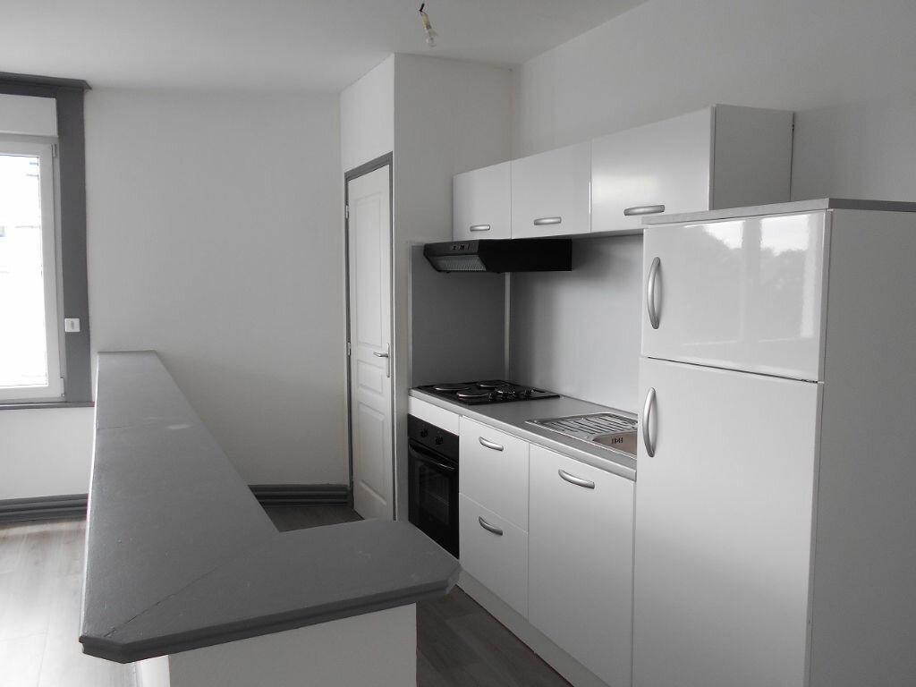 Appartement à louer 3 75m2 à Béthune vignette-2