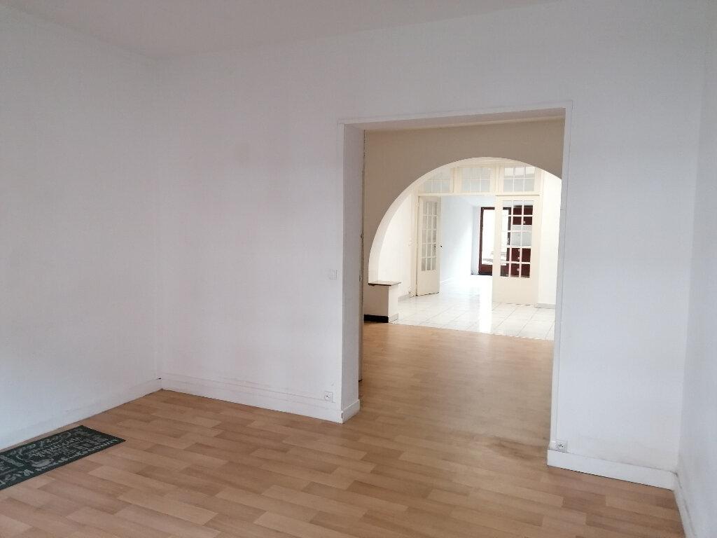 Maison à louer 4 103m2 à Béthune vignette-2