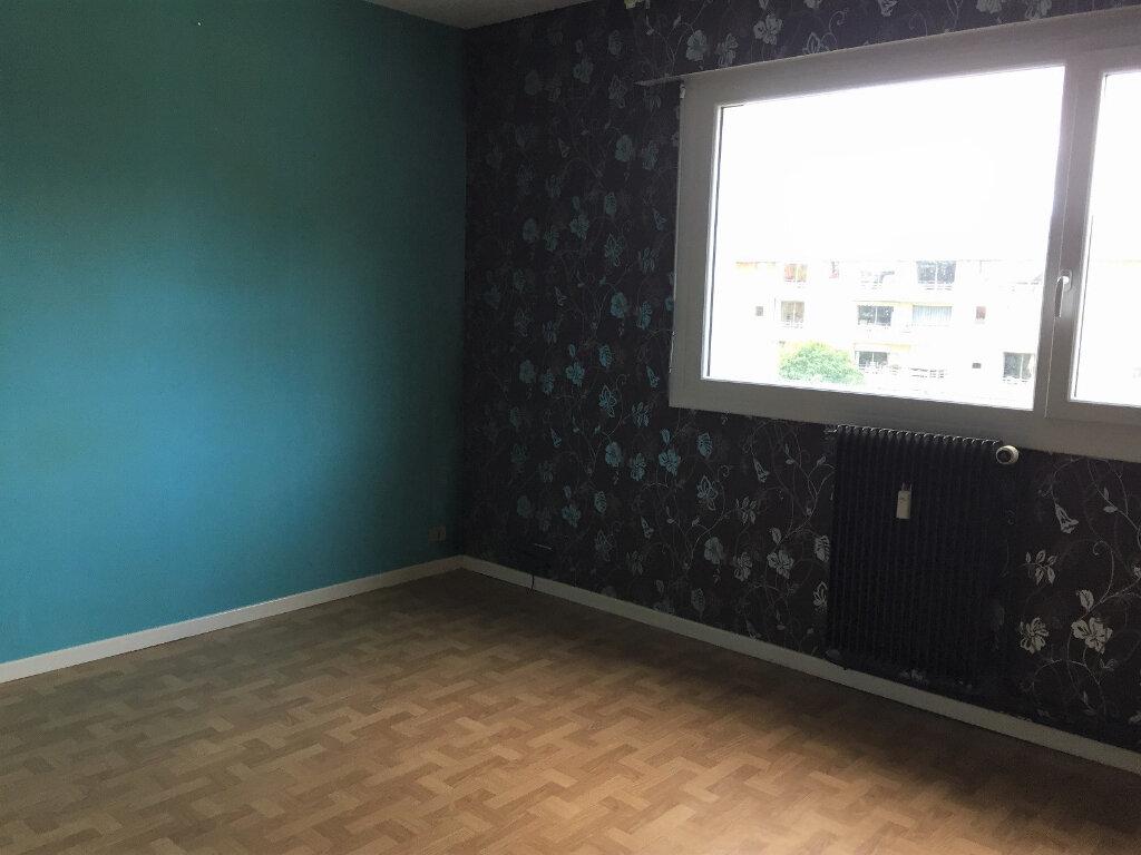 Appartement à louer 3 83m2 à Béthune vignette-3