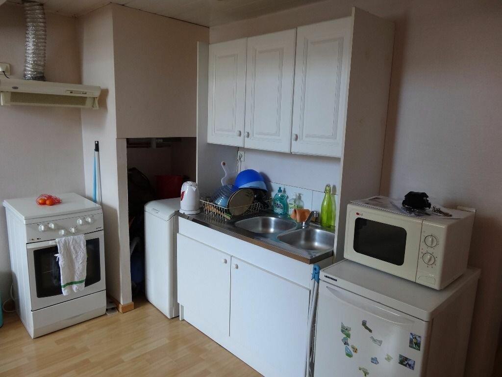 Appartement à louer 1 21.97m2 à Chambéry vignette-4