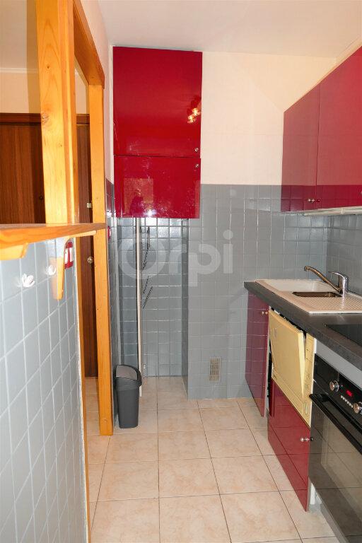Appartement à louer 1 28m2 à Chambéry vignette-6