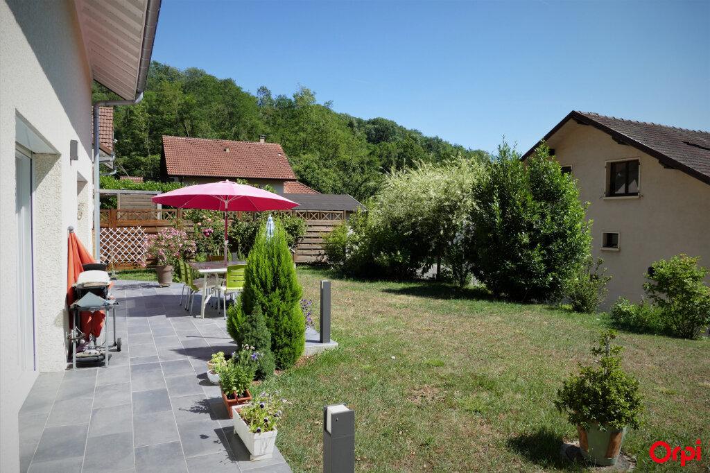 Maison à vendre 5 125m2 à Chambéry vignette-4