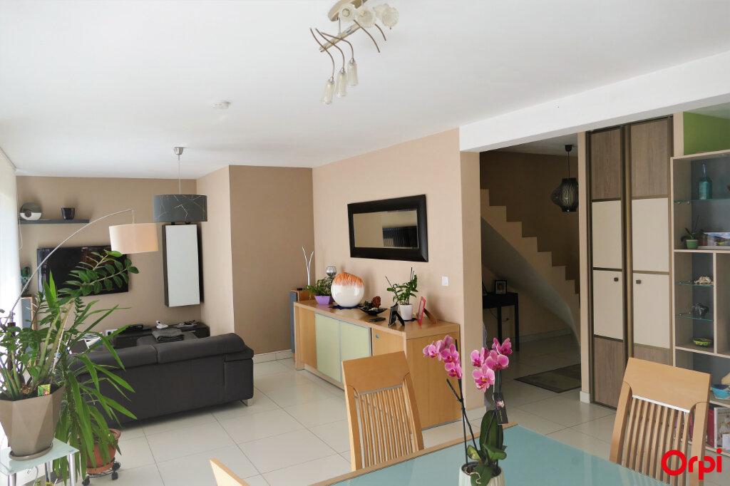Maison à vendre 5 125m2 à Chambéry vignette-5