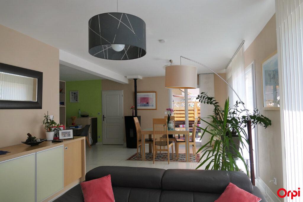 Maison à vendre 5 125m2 à Chambéry vignette-6