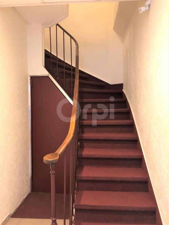 Appartement à louer 1 13.06m2 à Aix-les-Bains vignette-2