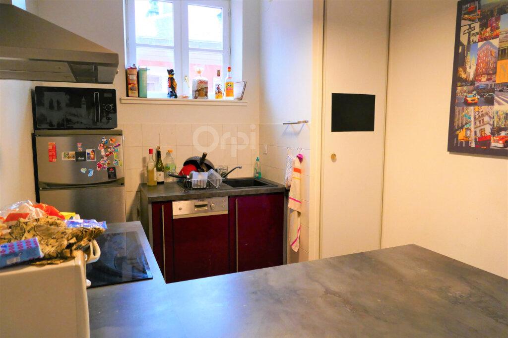 Appartement à louer 3 59.15m2 à Chambéry vignette-2