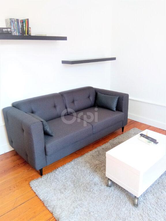 Appartement à louer 3 59.15m2 à Chambéry vignette-4