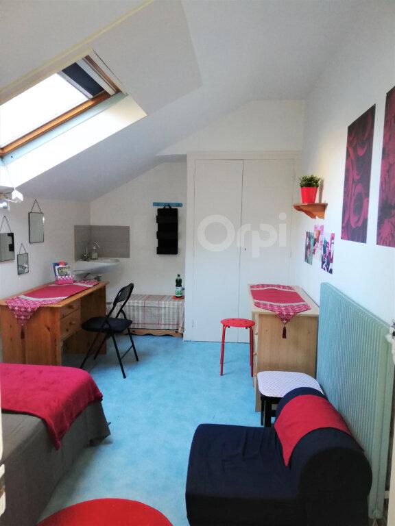 Appartement à louer 1 6.93m2 à Chambéry vignette-2