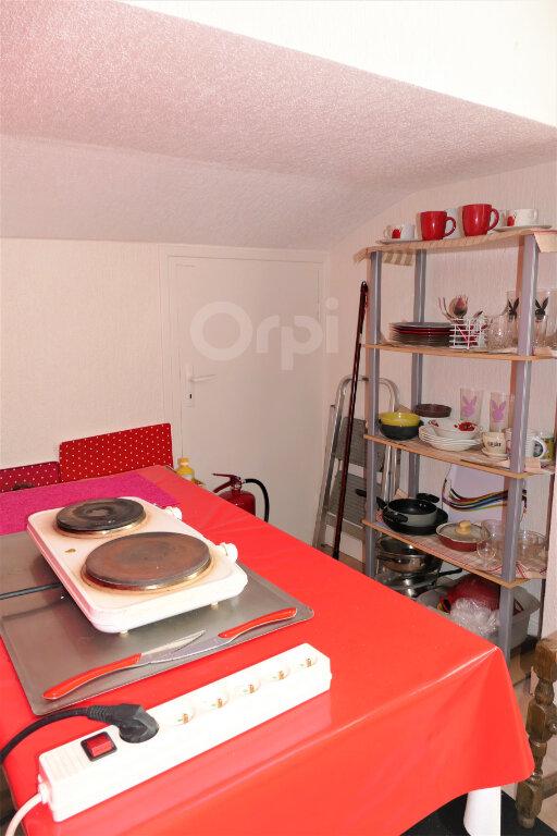 Appartement à louer 1 6.93m2 à Chambéry vignette-4