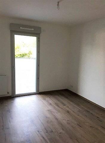 Appartement à louer 3 65.93m2 à Aix-les-Bains vignette-3