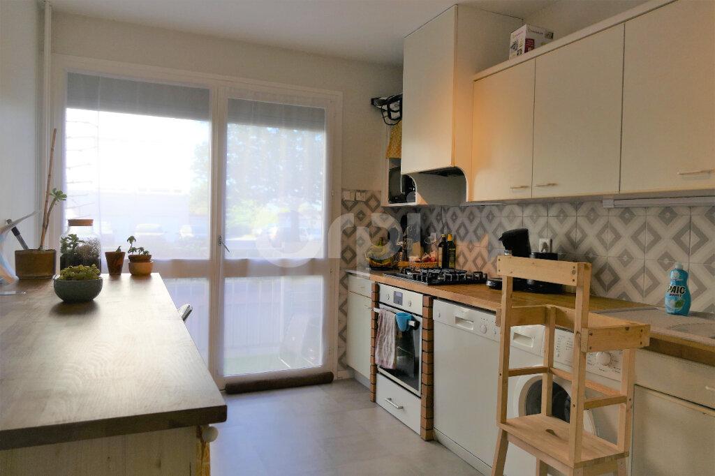 Appartement à louer 3 65.35m2 à La Ravoire vignette-4