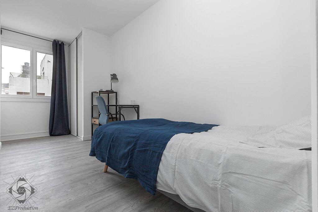 Appartement à louer 1 11.93m2 à Chambéry vignette-3