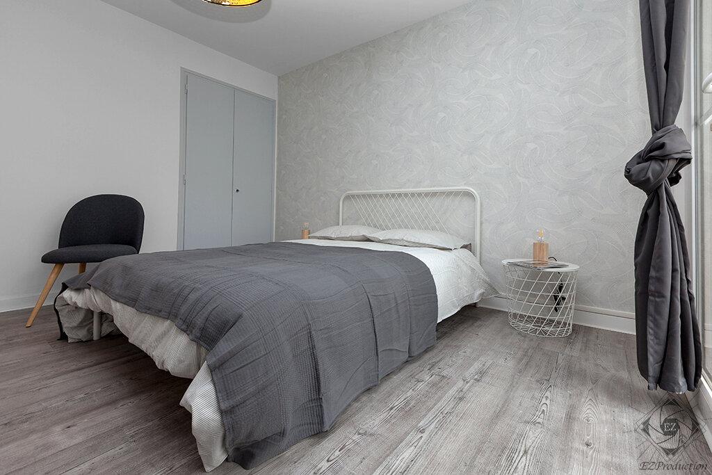 Appartement à louer 1 13.63m2 à Chambéry vignette-2