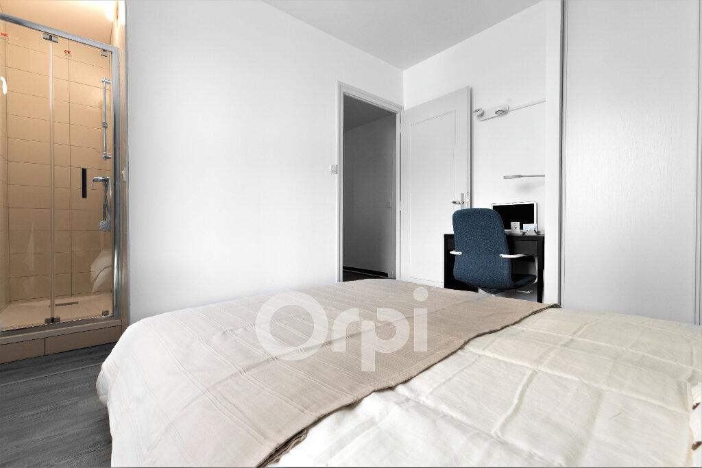 Appartement à louer 1 10.92m2 à Chambéry vignette-2