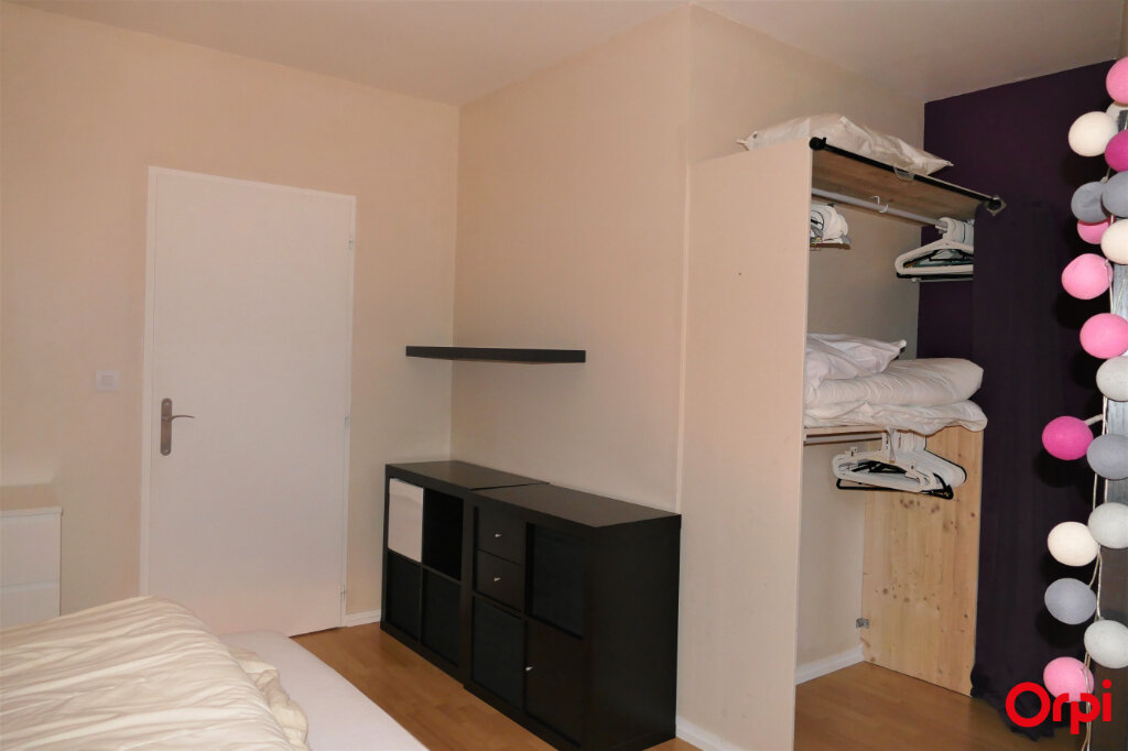 Appartement à louer 2 59m2 à Chambéry vignette-8