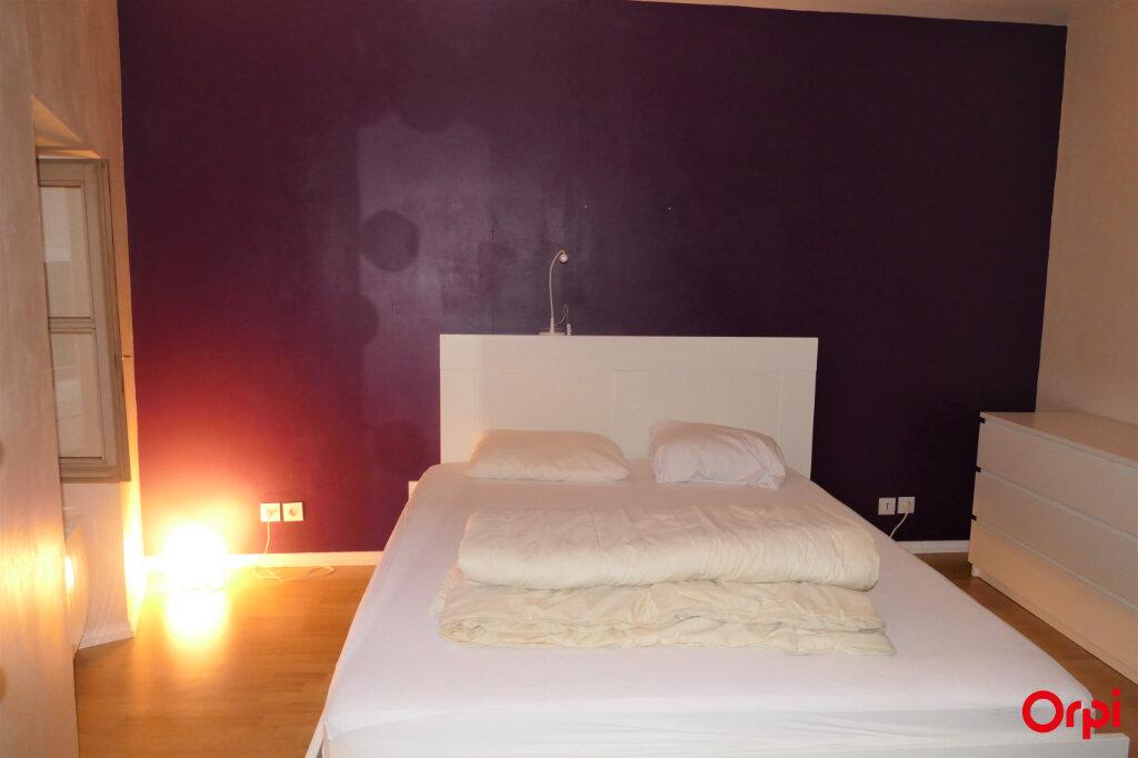 Appartement à louer 2 59m2 à Chambéry vignette-10