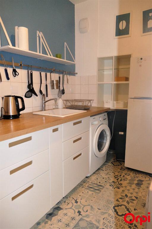Appartement à louer 2 59m2 à Chambéry vignette-11