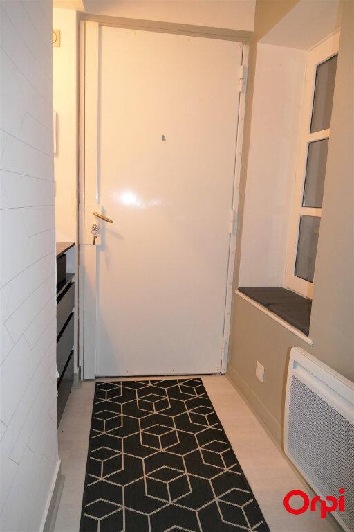 Appartement à louer 2 59m2 à Chambéry vignette-15