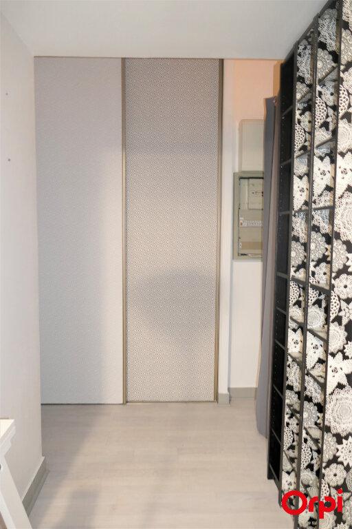 Appartement à louer 2 59m2 à Chambéry vignette-17