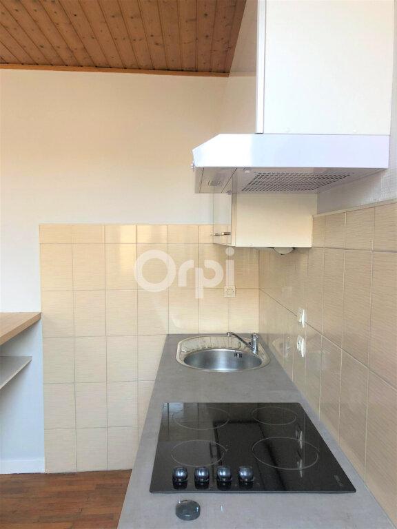 Appartement à louer 2 39.6m2 à Chambéry vignette-4