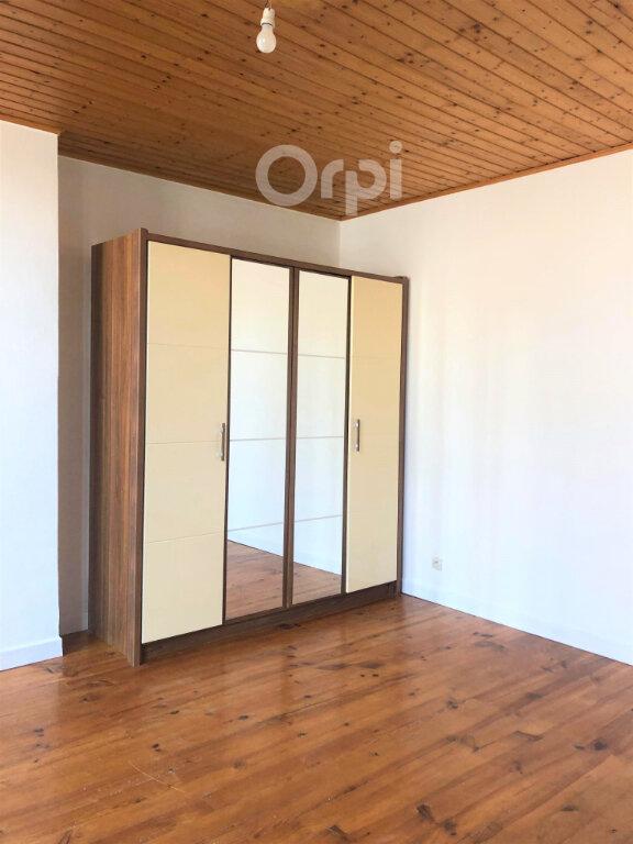Appartement à louer 2 39.6m2 à Chambéry vignette-11