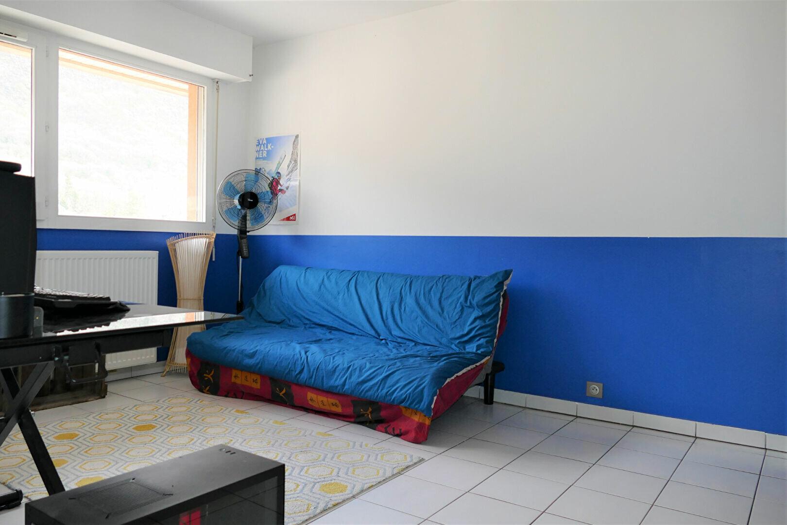 Appartement à louer 1 34.76m2 à Challes-les-Eaux vignette-5