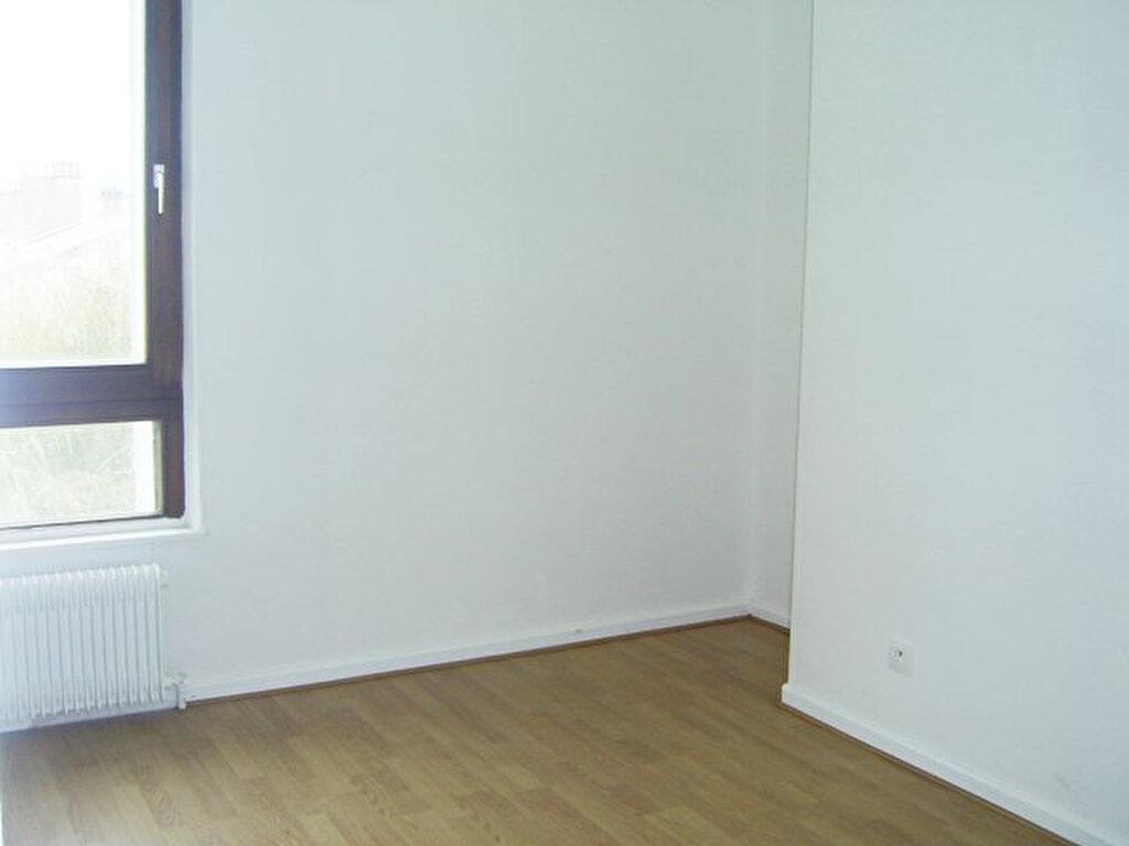 Appartement à louer 6 101m2 à Serémange-Erzange vignette-8
