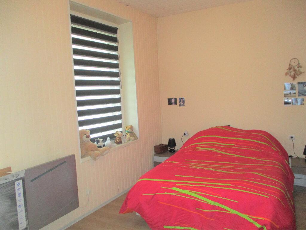 Appartement à louer 2 57m2 à Hayange vignette-4