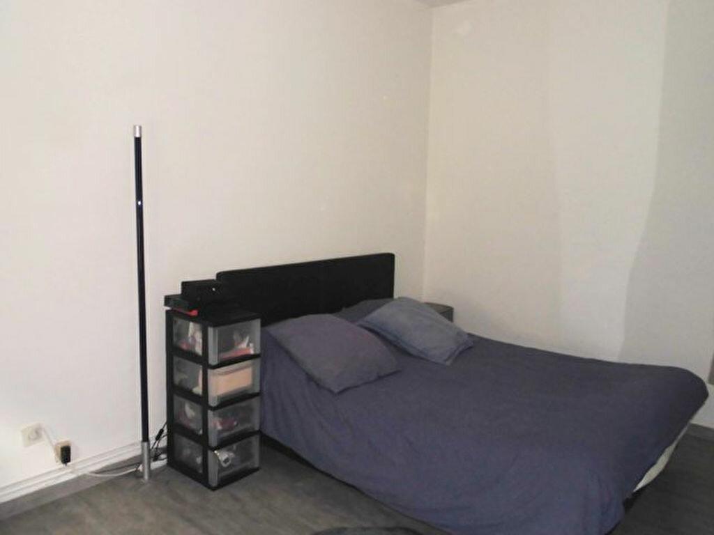 Appartement à louer 3 57m2 à Hayange vignette-3