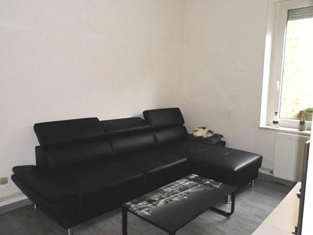 Appartement à louer 3 57m2 à Hayange vignette-4