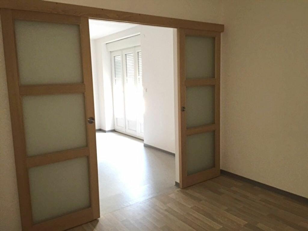 Appartement à louer 1 36m2 à Hayange vignette-3