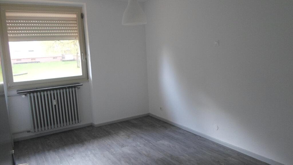 Appartement à louer 3 58m2 à Neufchef vignette-3