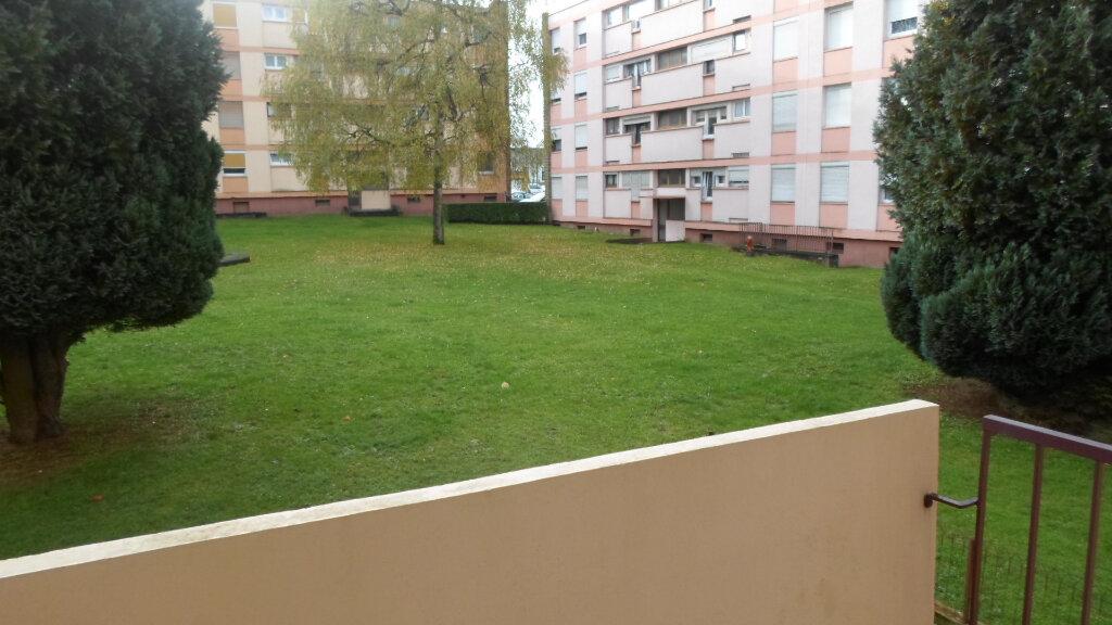 Appartement à louer 3 58m2 à Neufchef vignette-4