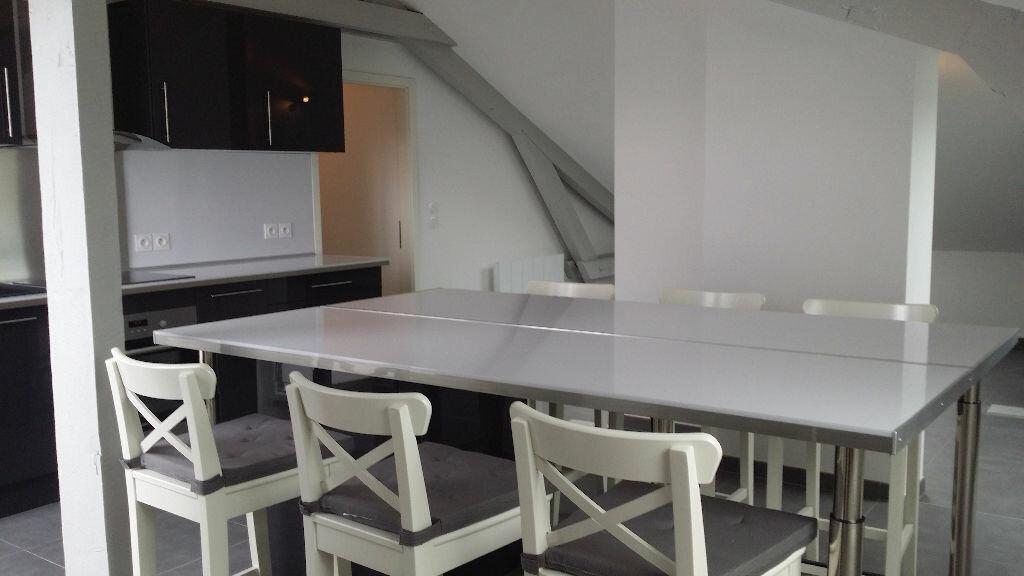 Appartement à louer 4 76m2 à Serémange-Erzange vignette-2