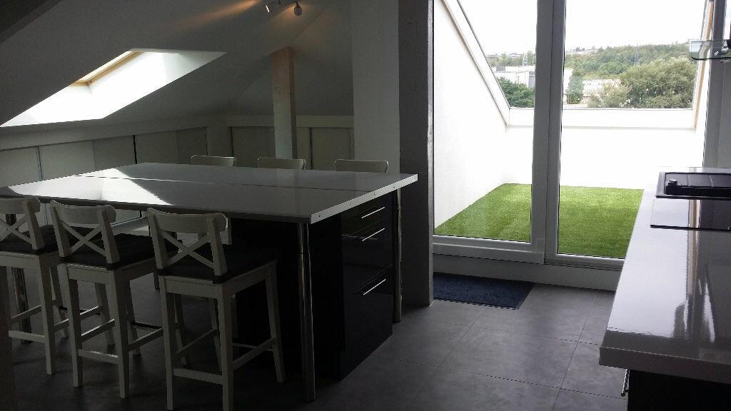 Appartement à louer 4 76m2 à Serémange-Erzange vignette-3