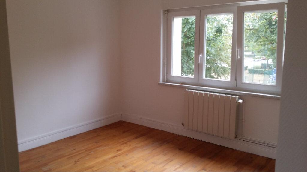 Appartement à louer 3 55m2 à Terville vignette-4