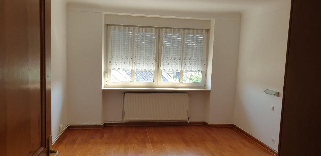Appartement à louer 4 95m2 à Thionville vignette-7