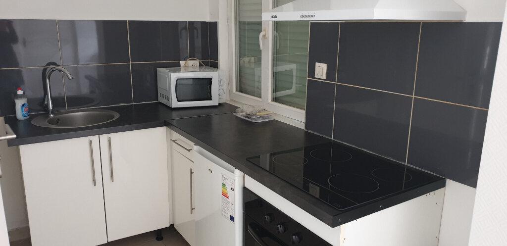 Appartement à louer 1 20m2 à Thionville vignette-1