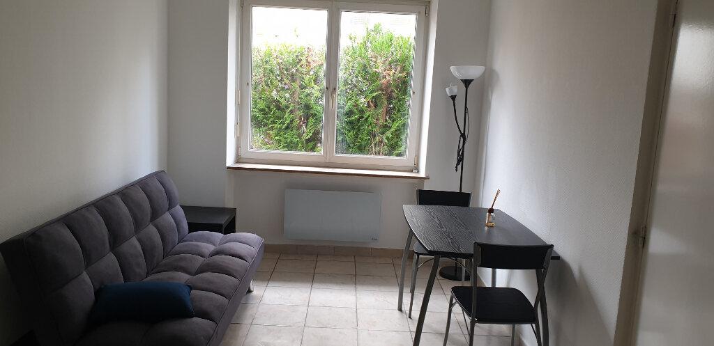 Appartement à louer 3 66m2 à Thionville vignette-2