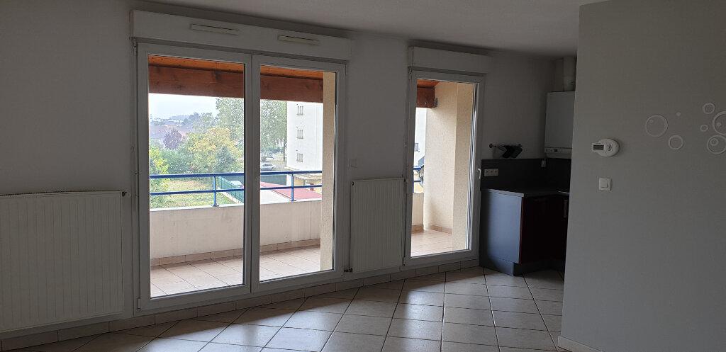 Appartement à louer 3 62m2 à Florange vignette-2